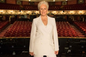 1.Glenn-Close-at-the-London-Coliseum-at-the-launch-of-Sunset-Boulevard.-...2